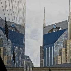 Downtown-Nashville-Batman-Building-Refleiction-2_Rick-Wise