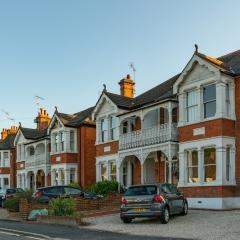 Essex Club - 12  Victorian Villas